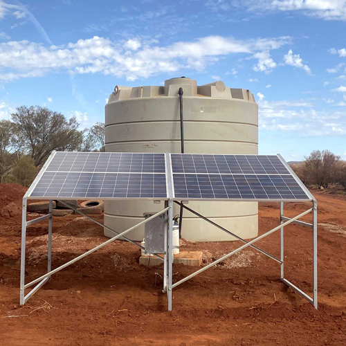 solar panel array poly water storage tank for stock water